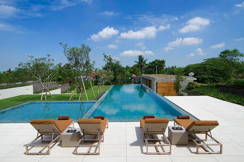 The Iman Villa Swimming Pool