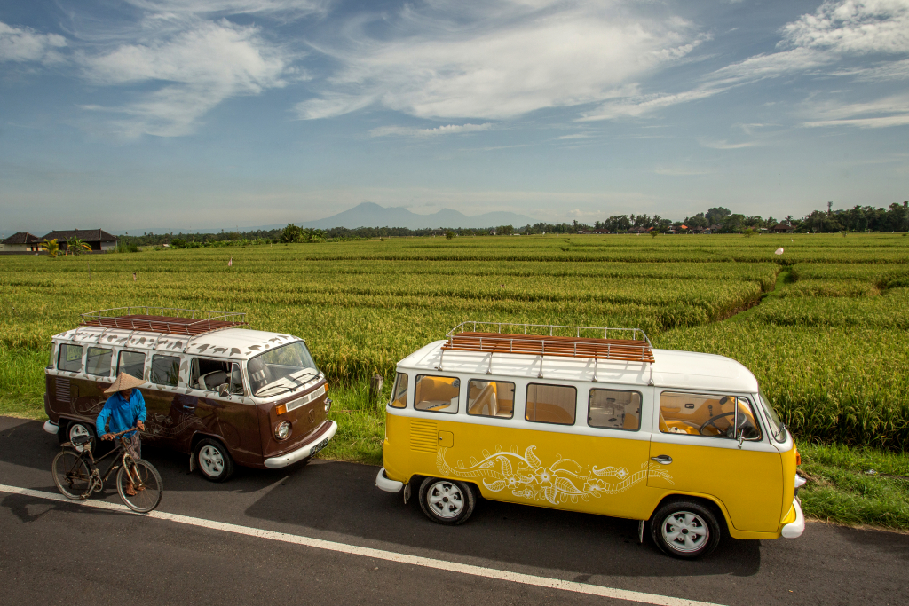 VW Limo Bali ricefields in Cemagi[1]