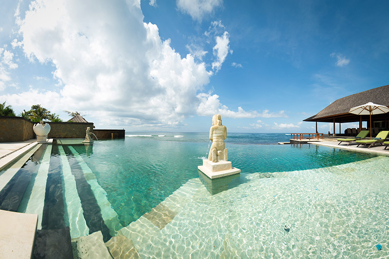 villa-bayu-gita-beachfront-the-pool