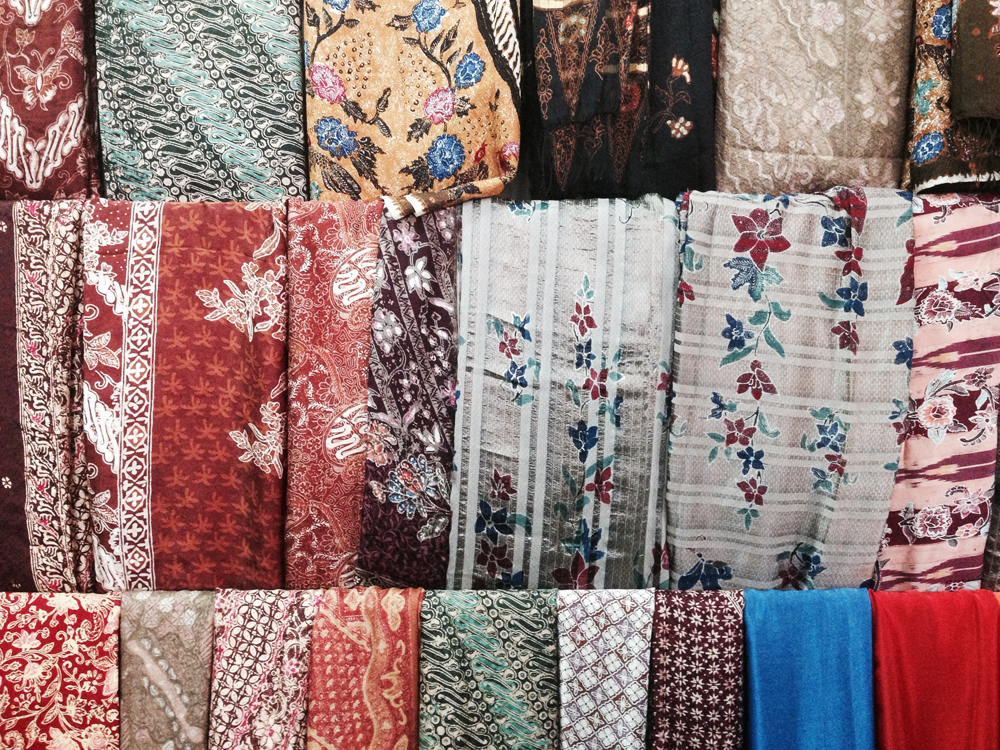 Silk scarfs and sarongs from Bali