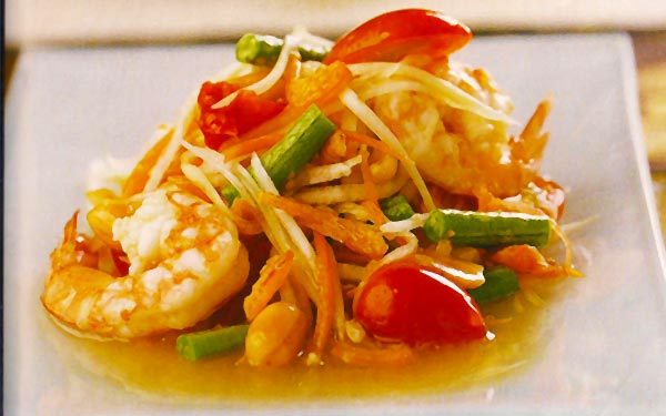 Spicy-Green-Mango-Salad-with-Prawn