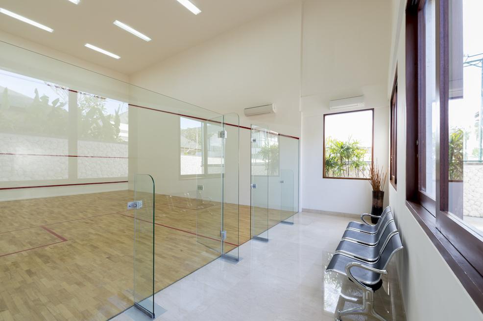 Arnalaya Beach House, Canggu - Tennis court