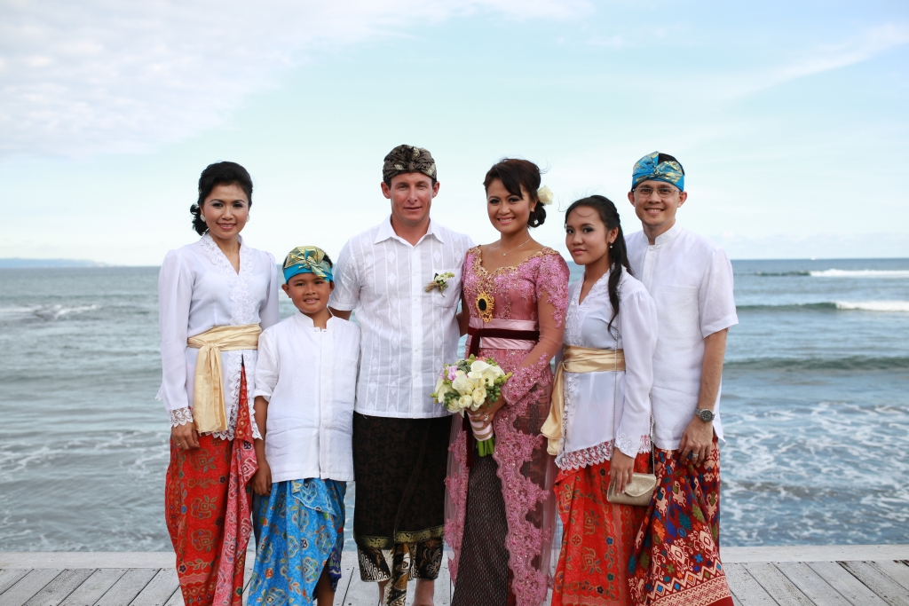 Ainun & Martyn Balinese wedding party