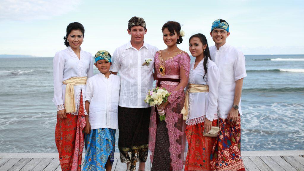Ainun & Martyn Balinese wedding party
