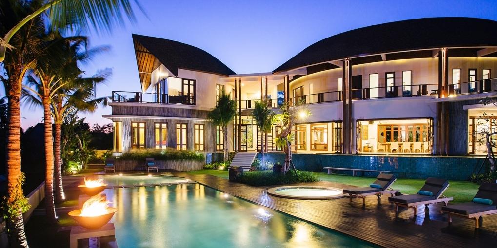 Bali party villa Umah Daun Umalas