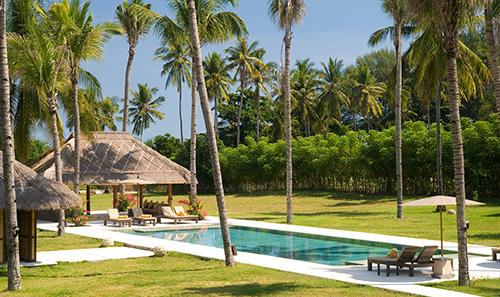 Beachront Lombok villa Sepoi Sepoi
