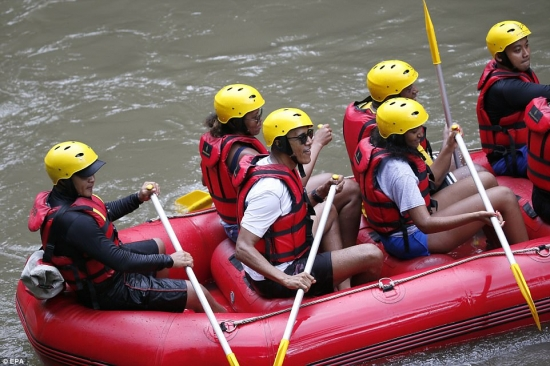 Obama in Ubud rafting the Ayung River