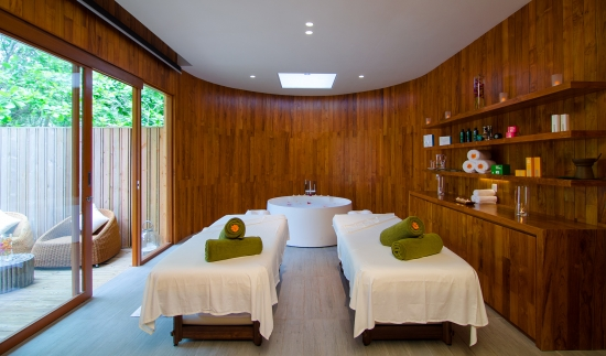 Maldives massage at Amilla