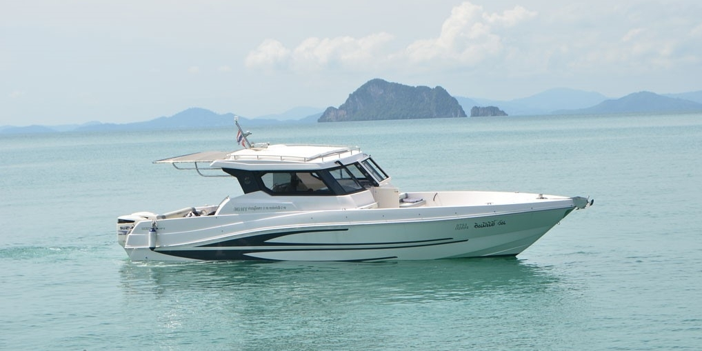 Bristol Charter Infinity One speedboat