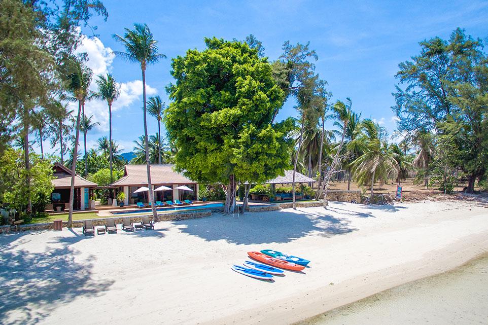 Villa Waimarie kayaks