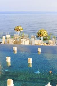 Bali wedding infinity pool