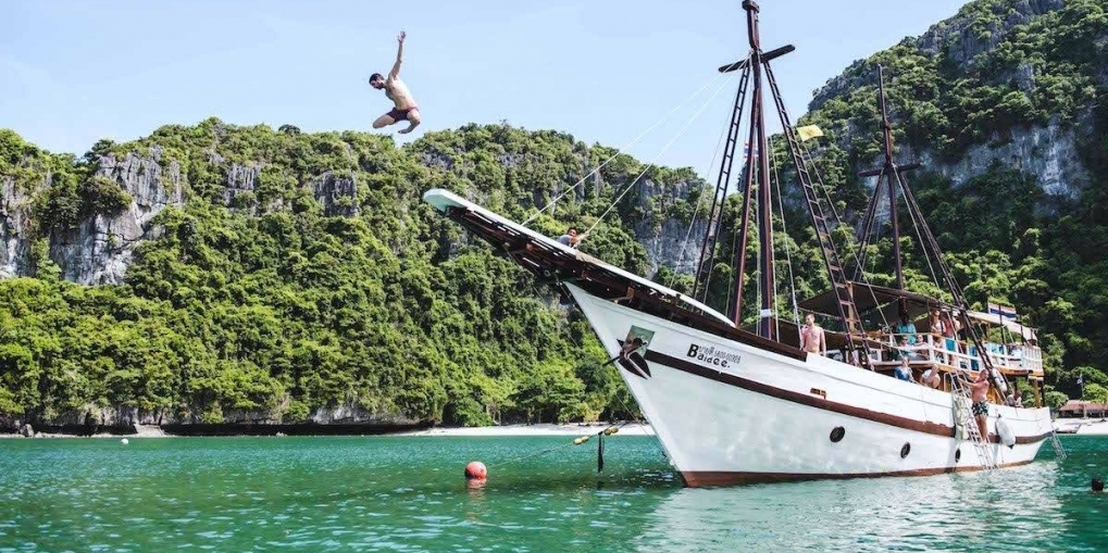 Boating and diving in Koh Samui