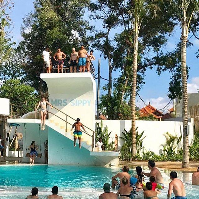 Mrs Sippy Swimming Pool Seminyak