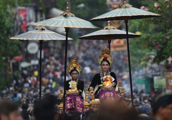 UBUD ROYAL CREMATION / AFP PHOTO / SONNY TUMBELAKA