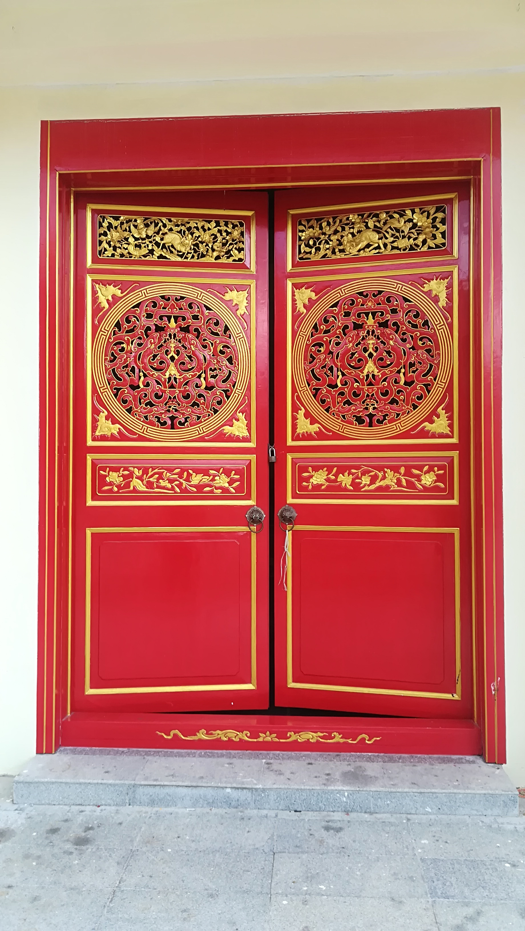 chinese doors phuket