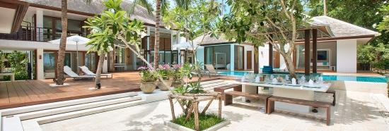 Ban Suriya - Samui beachfront villa