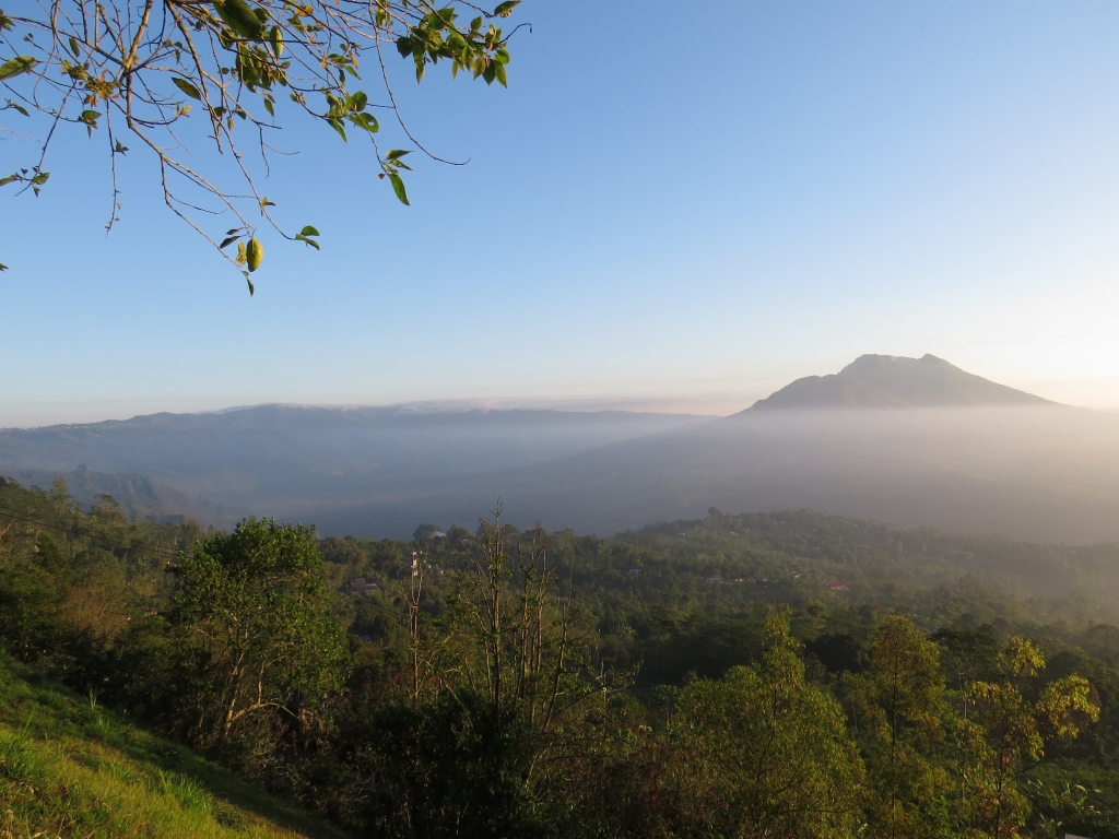 Muntigunung Bali charity hike with Elite Havens – Sunrise on Muntigunung