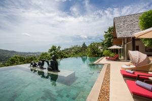 Kalya Residence at Panacea Retreat - Pool area breathtaking view