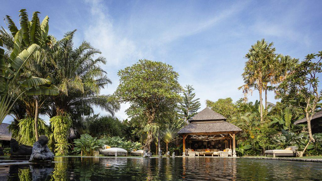 Villa Zelie - Pool scenery