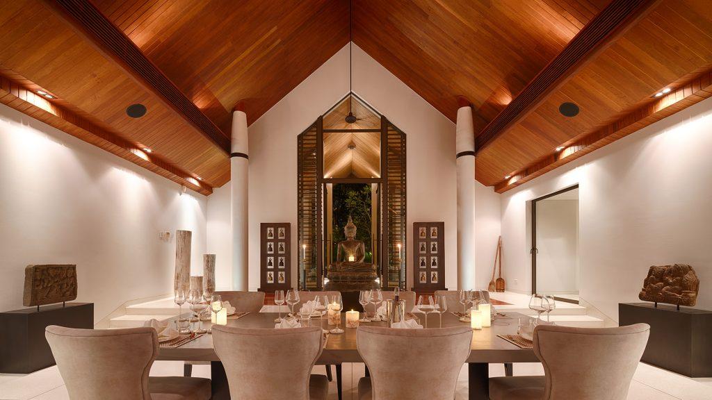 Villa Naam Sawan - Dining Room evening