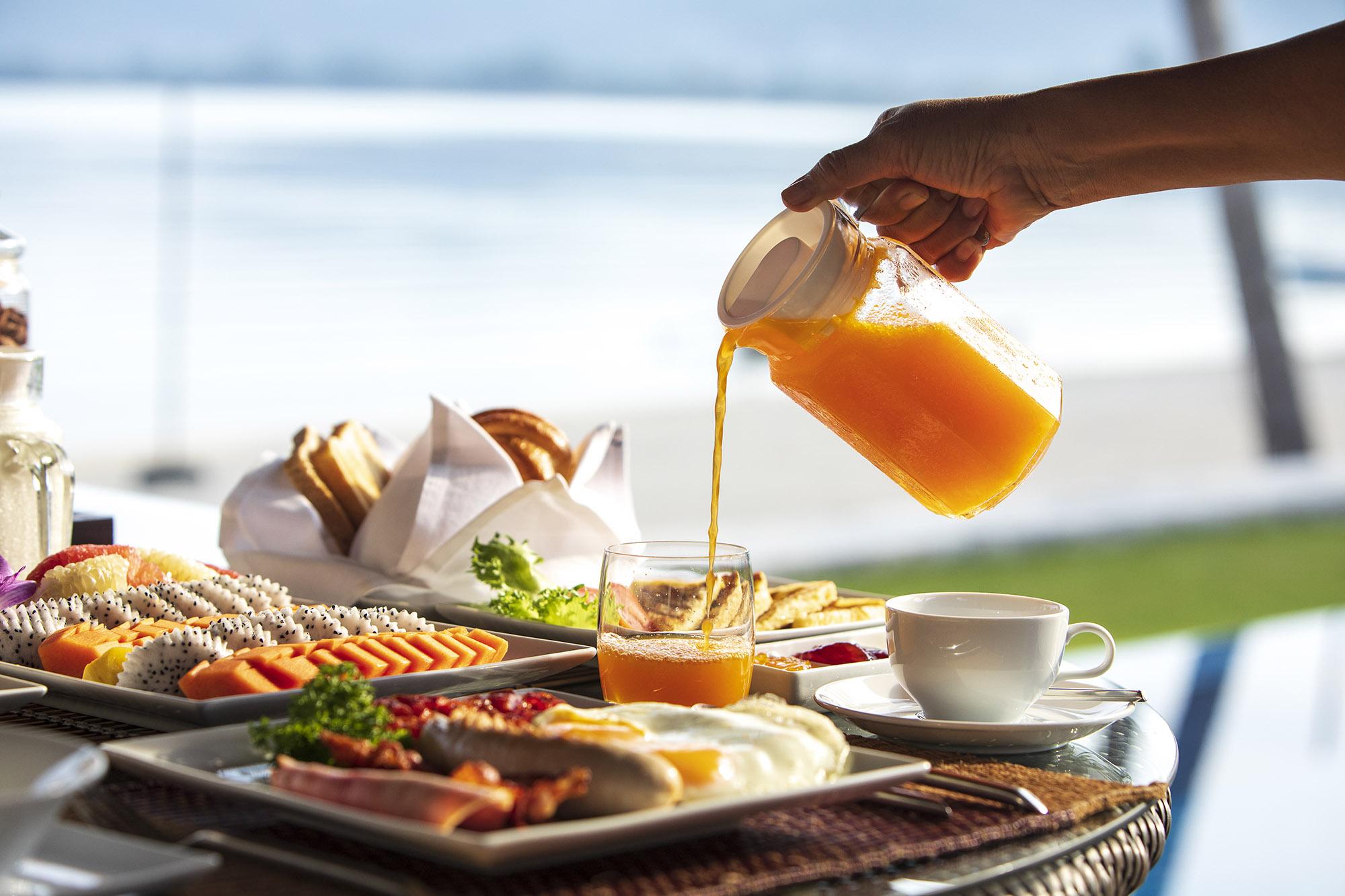 Tawantok-Beach-Villas-In-villa-breakfast.jpg