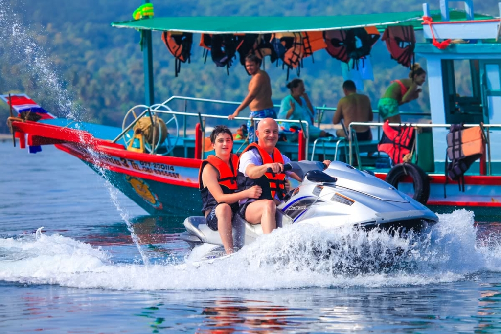 Jet ski in Koh Samui