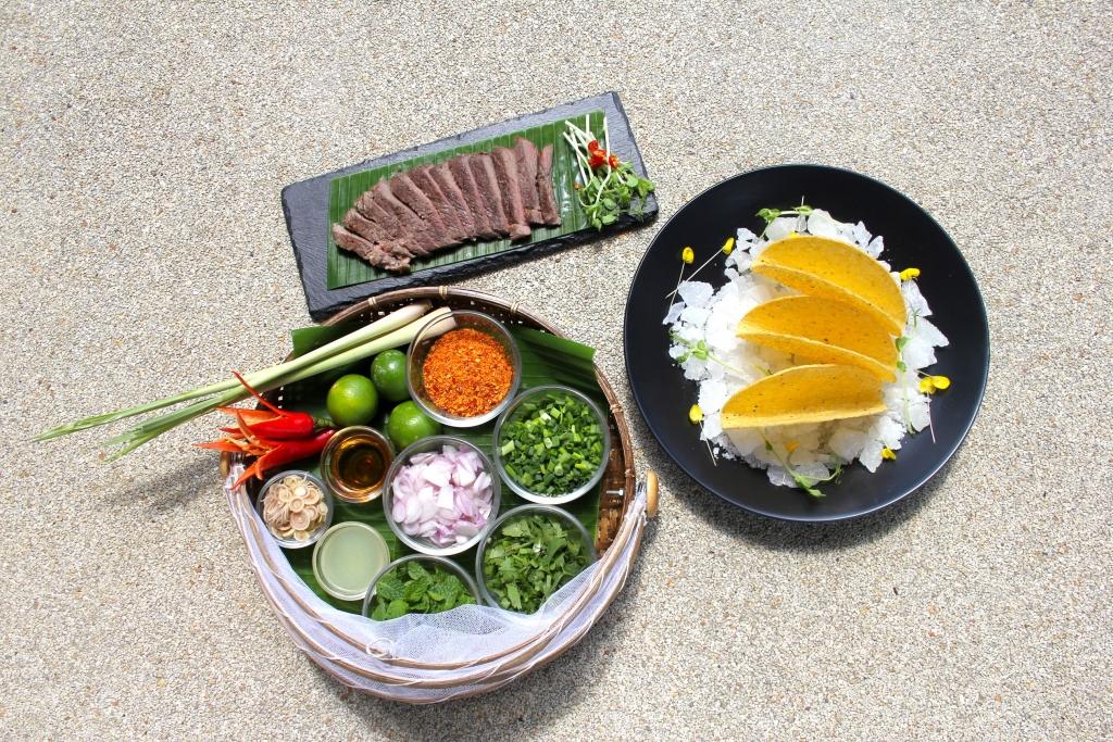 Taco Nam Tok Neua